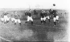 An image from the 1902 film of Manchester United