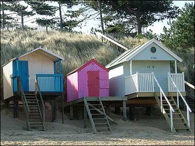 Beach huts at Wells by Lois Prismall
