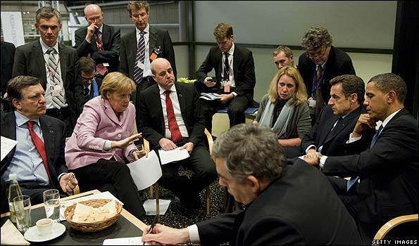 World leaders negotiating in Copenhagen, 18 Dec 09