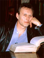 Anthony Stewart Head - Click for more pictures