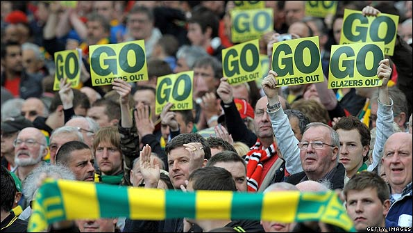 Manchester United fans want the Glazer family to leave the club