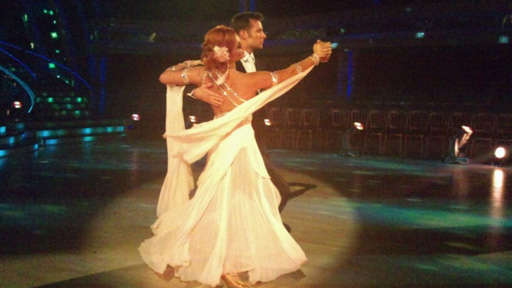Harry Judd and Aliona Vilani dancing.