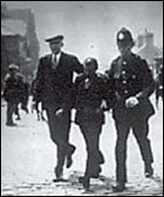 Police arrest an Arab Man at Mill Dam  in August 1930