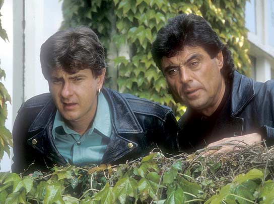 Chris Jury and Ian McShane in Lovejoy.