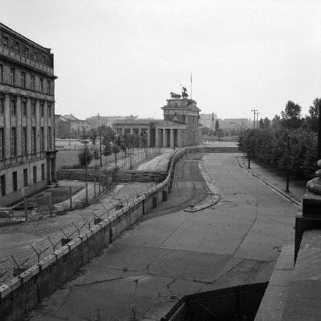 Bbc Gcse Bitesize The Berlin Wall As A Symbol