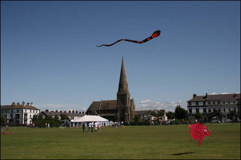 Picture taken at Silloth Kite Festival by Richard Place on 25th July 2009.