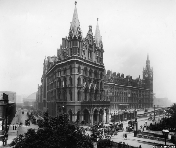 St Pancras Station and Midland Grand Hotel London, circa 1905