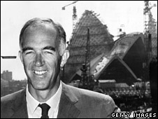 Jorn Utzon outside the Opera House in 1965