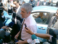 Portugal's Prime Minister Jose Socrates at launch of the country's MOBI.E electric vehicle charging system.