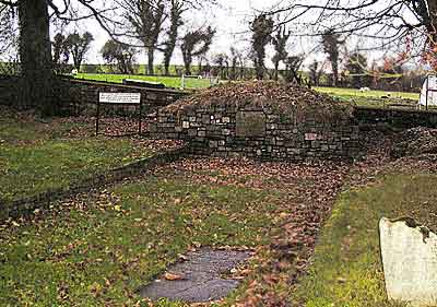 "The Famine Grave, or ""pit"" at Ardess"
