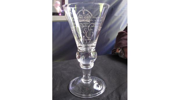 Baluster wine glass