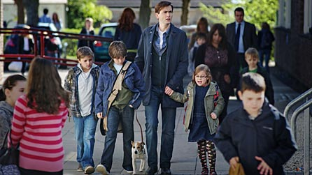 Robert Dickson as Ewan, Chris Hegarty as Paul, David Tennant as Dave and Millie Innes as Evie in Single Father