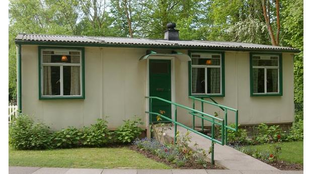 Bbc A History Of The World Object Prefabricated House Prefab - Modular-houses-made-of-prefabs