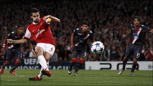 Cesc Fabregas scores from the spot against Braga
