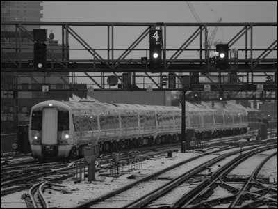Arriving at London Bridge. By Ian from Gravesend.