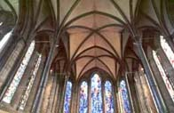 Photograph showing the interior of Salisbury Cathedral