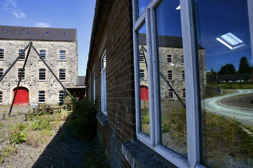 Buildings: Symmetry & BBC - How We Built Britain - Britain in Pictures - Good photos ...
