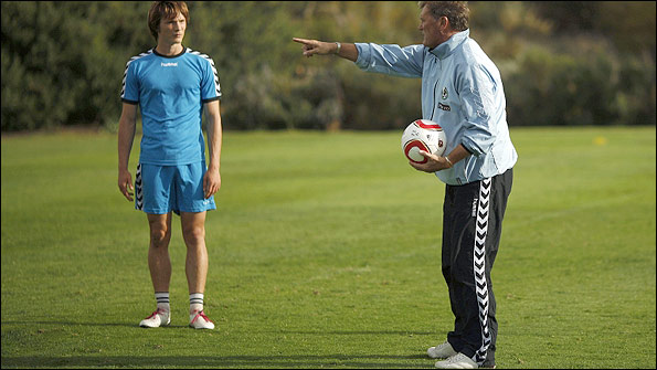 Glenn Hoddle (right) gives instructions to Ryan Burge