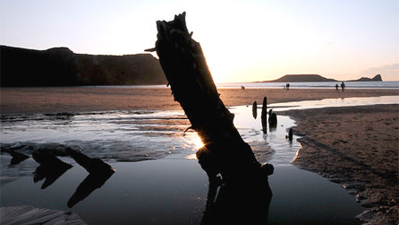 BBC - Wales - Nature - surfing mini site - Surfing at