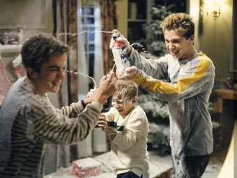 Malcolm In The Middle Christmas.Bbc Cult Malcolm In The Middle Season Three Gallery