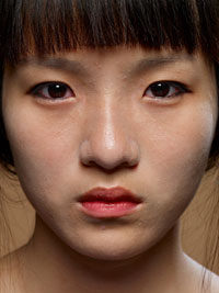 Hein-Kuhn Oh, Jung-suh Yun, age 17 July 19, from Cosmetic Girls, 2007 © the artist