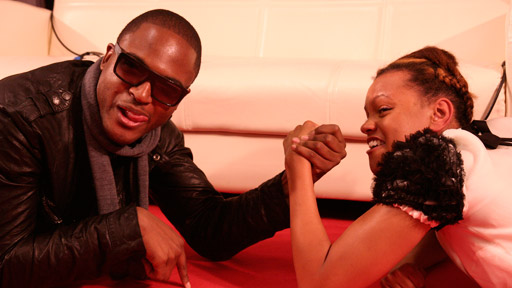 MOBOs - Arm wrestling with Taio, Ironik and JLS
