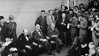 US President Franklin Roosevelt and British Prime Minister Winston Churchill meet the press