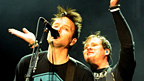 Headliners Blink 182 finish things off...