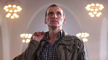 Christopher Eccleston as Willy Houlihan