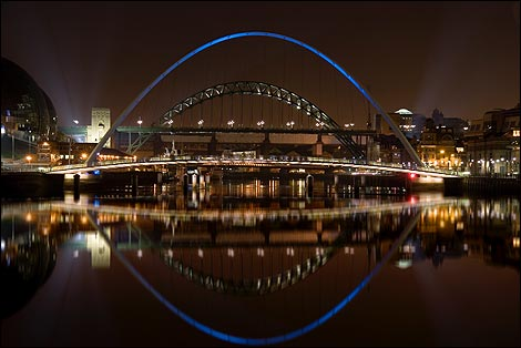 Quayside at night Photo by Keith Saint
