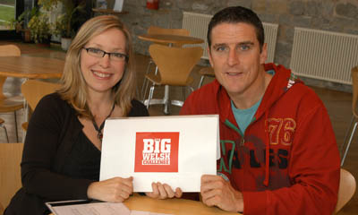 Lowri and Iolo receive the first challenge