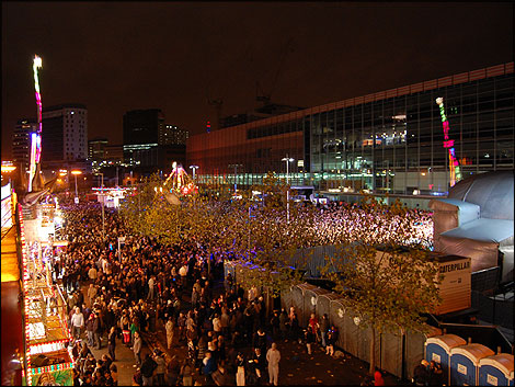 Tens of thousands at Millennium Point - BBC - Birmingham - Christmas 2008 - New Christmas Lights Shine Brightly