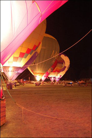 balloons-nightglow.jpg