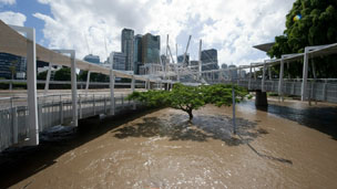 Flood water surrounds Kurilpa bridge in the suburb of South Brisbane on 13 January 2011 in Brisbane, Australia.