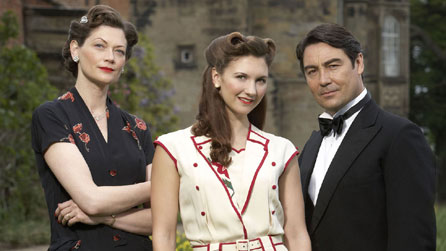 LtoR: Sophie Ward plays Lady Ellen Hoxley, Summer Strallen is Nancy Morrell and Nathaniel Parker plays Lord Lawrence Hoxley in Land Girls