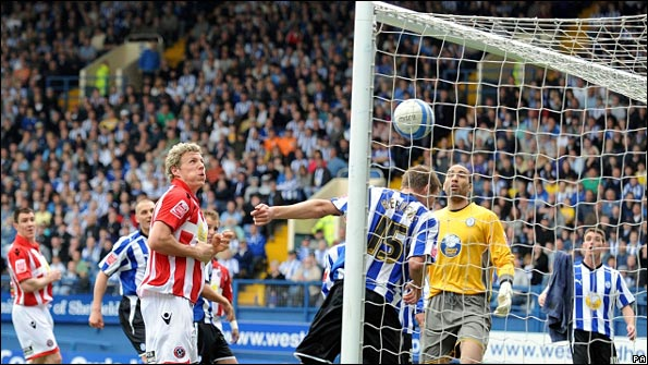Lee Williamson scores for Sheffield United