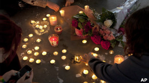 Memorial para Amanda Todd (Foto AP)