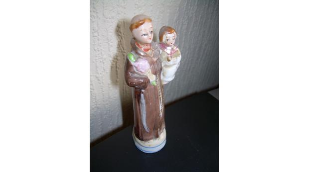Statue of St Anthony & the Infant Jesus