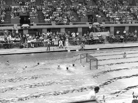 A 1948 Olympic water polo match between Italy and Hungary.
