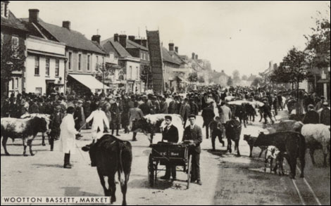Cattle Market on High Street
