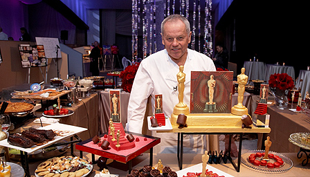 Wolfgang Puck and his team with the dishes that will be served after this year's Oscars ceremony.
