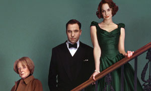 Picture shows (L-R) Maggie Smith, David Walliams and Ruth Wilson in Capturing Mary