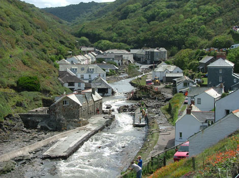 boscastle flood 2004 Flooding for centuries until the construction of the aswan dam, for example, the   the boscastle floods, august 2004 the village of boscastle lies on the west.