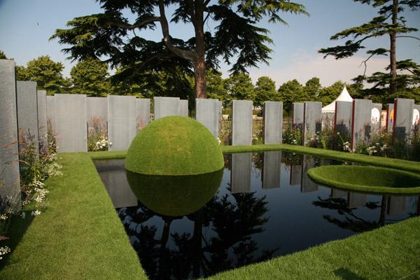 BBC - Hampton Court Palace Flower Show 2011 - The World Vision ...