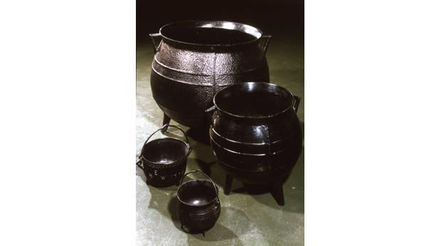 Cast iron cooking pot and patent. The cooking pot that changed the world. Copyright Ironbridge Gorge Museum Trust