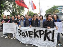 48d1a6d1b5ed3e8caeab8662ff18db922247fa5f - Presiden SBY diminta bertindak