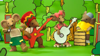 Rastamouse and The Easy Crew enjoy a jam
