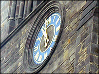 Leicester Cathedral clock