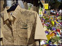 Bbcindonesia Com Berita Dunia Pemakaman Pribadi Irwin