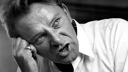 Black and white photograph of Richard Burton taken in 1960